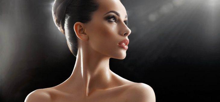 Soins contre le vieillissement du visage, comblement de rides par des injections