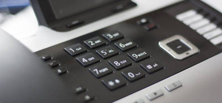 Standard téléphonique externalisé : quels avantages et à quel prix ?