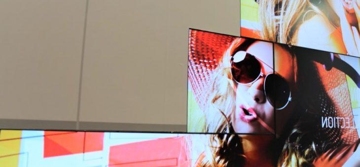 Comment installer des panneaux led et écrans à affichage dynamique dans son commerce ?